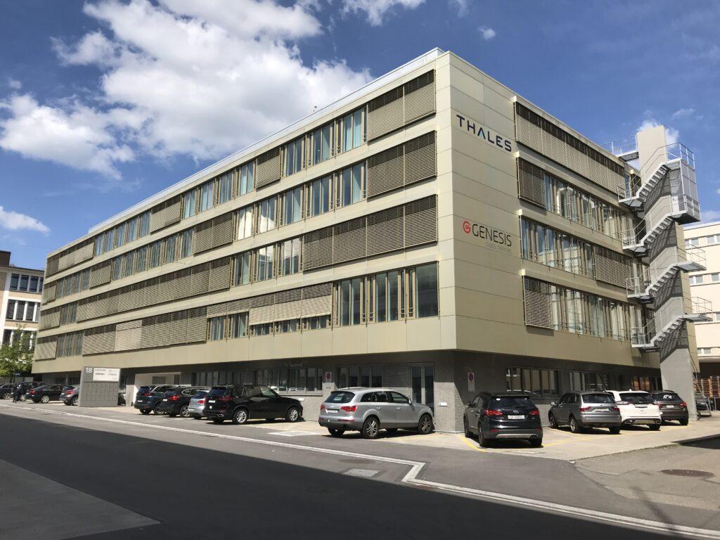 Geschäftshaus an der Binzstrasse in Zürich